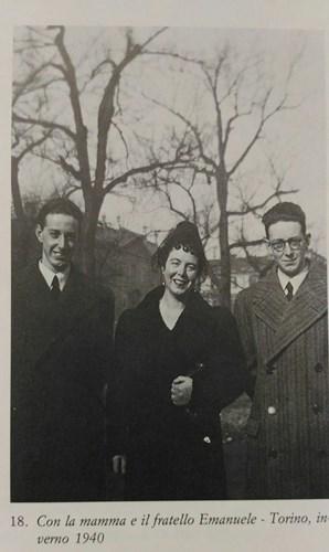Братья Каццола с мамой. Зима 1940 года